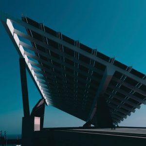 Energia, bolletta in calo per 3 mila imprese manifatturiere