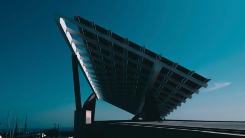 Iran, è italiano il primo impianto fotovoltaico