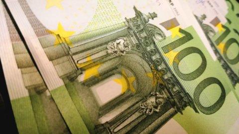 Draghi non scuote le Borse. Vola l'euro