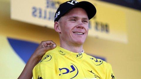 Tour de France: Aru delude sul Galibier