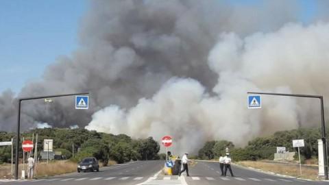 Allarme incendi da Roma a Posillipo