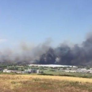 Incendi: evacuata Fca a Termoli (Video)