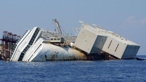 Micoperi in bilico: riportò Concordia a galla, ora rischia il crack