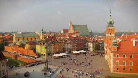 Polonia: investimenti esteri e produttività lanciano il PIL (+3,6%) ma populismo in agguato