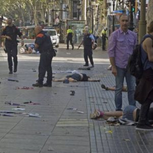 Barcellona, caccia al killer in tutta Europa