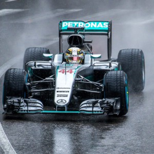 GP Monza: Hamilton in pole, Vettel sesto