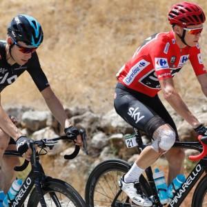 Vuelta: a Froome la crono, ma Nibali resiste