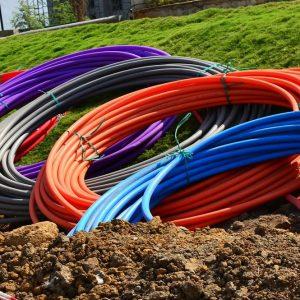 Tim e Utilitalia, accordo quadro per la fibra ottica