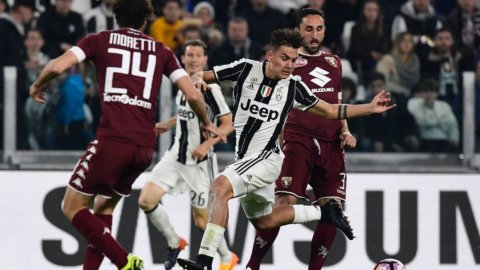 Juve-Toro, il derby infiamma il campionato e fa sperare Napoli e Roma