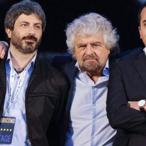M5S, lite Grillo-Fico su primarie-farsa