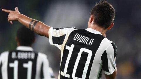 La Juve stravince il derby ma Roma e Napoli non mollano