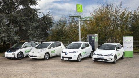 Auto elettriche, da ottobre 30 colonnine Enel sulla Roma-Milano