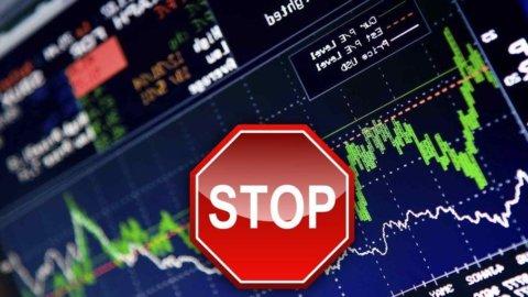 Borsa, la recessione fa paura e Milano cambia rotta