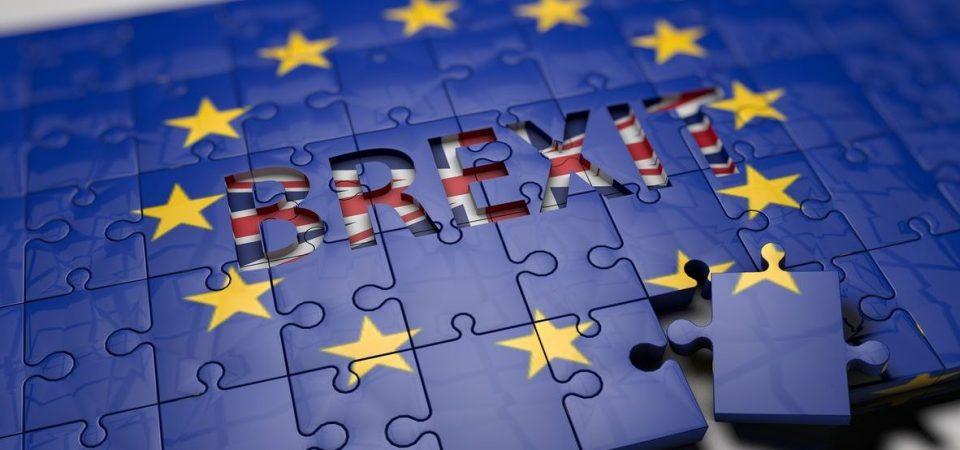Brexit e l'incognita dazi spaventano i mercati